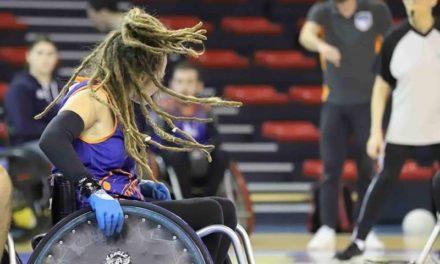 """Camille Kerneguez """"je fais mes choix de vie en fonction du rugby fauteuil""""."""