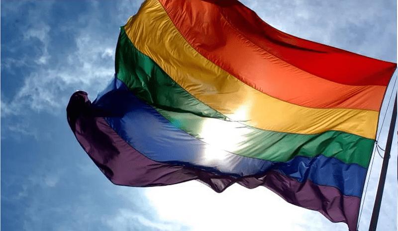 La FFR autorise toutes les femmes, y compris transgenres, à jouer en compétition